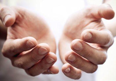 Nega razpokane kože na rokah