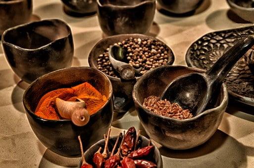 Dišavnice, zelišča, začimbe v kuhinji